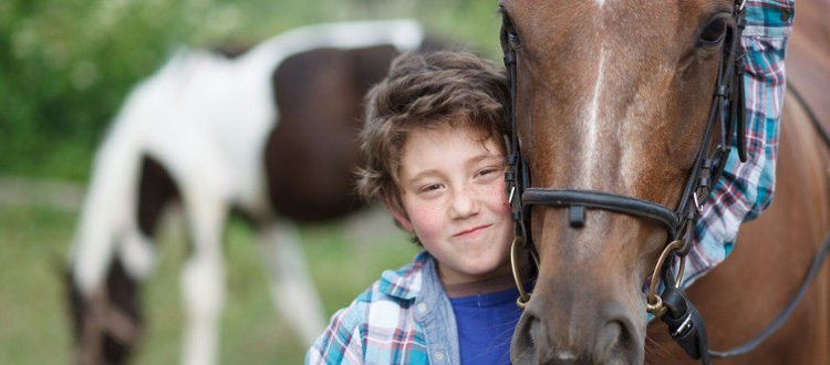 The Benefits of Equine Assisted Therapy for People with FASD